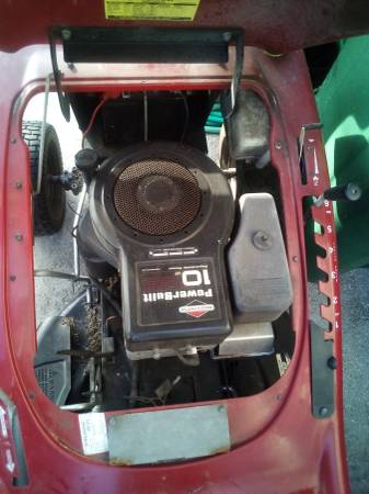 Photo Murray 30quot riding mower runs good - $250 (Cape Coral)