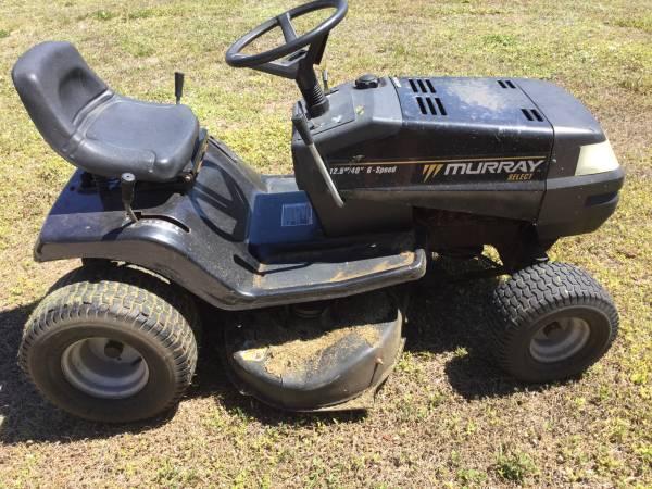 Photo Murray Riding Lawn Mower - $325 (Port Charlotte)