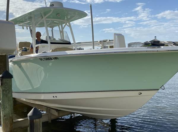 Photo Nauticstar xs 28 ft off shore fishing boat - $129,000 (Naples)