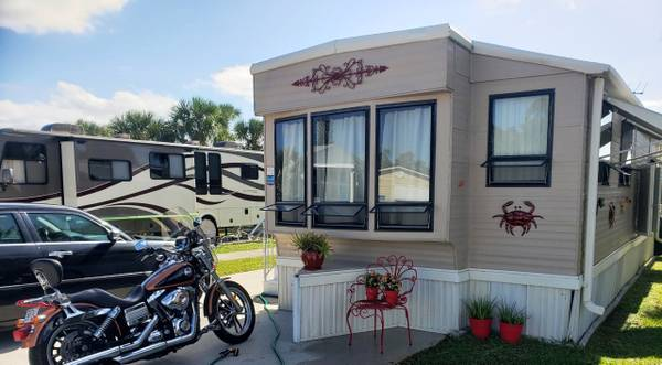 Photo RV MANUFACTURED HOME - $8,500 (FORT MYERS BEACH)