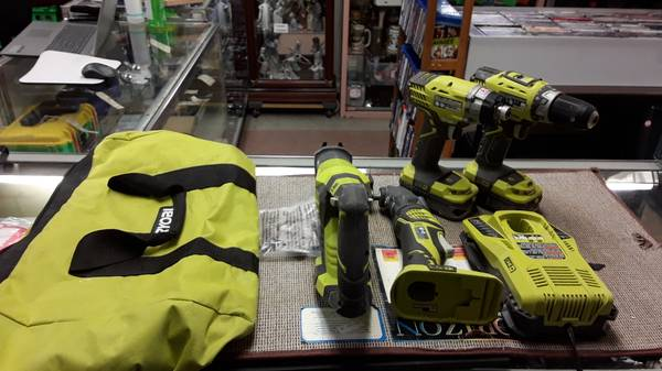 Photo RYOBI ONE 18V 4-Tool Combo Kit with (2) 1.5 Ah Batteries, Charger, a - $249 (Fort Mayers)