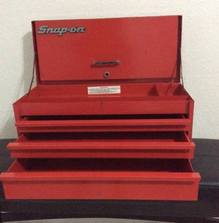 Photo SNAP-ON TOOL BOX 3 DRAWERS 24 INCHES WIDE PORTABLE - $125 (cape coral)