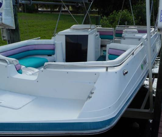 Photo SOLID 2439 BOAT FOR LESS THAN $10k - $8,900 (CAPE CORAL)