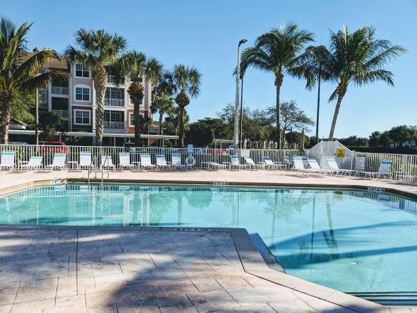 Photo Short term lease, close to beaches, 1st floor (South Fort Myers)