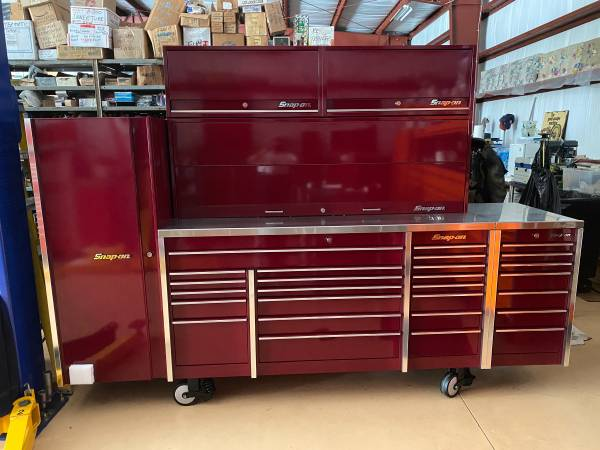 Photo Snap on , Tool box , excellent condition, 6 piece set, snap on tools - $10,750 (Naples)