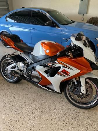 Photo Suzuki GSXR 1000 - $5,900 (Cape Coral)