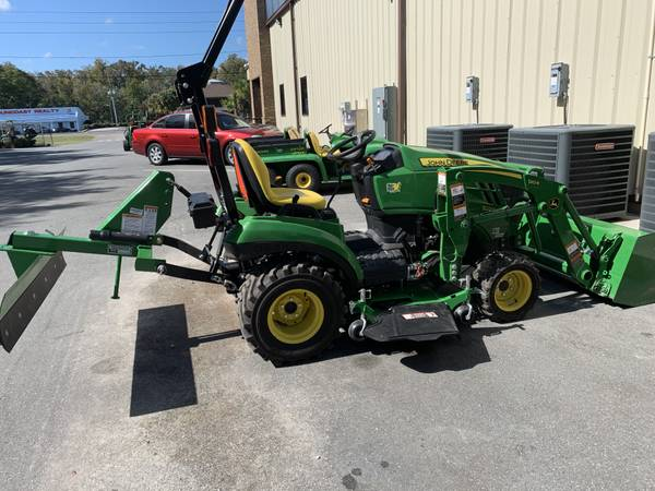 Photo USED 2019 1023 WITH BELLY MOWER AND 5FT BLADE - $13,999 (MARK LAMUNION)