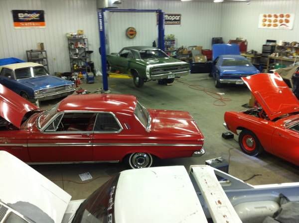 Photo WANTED Mopar Dodge  Plymouth Muscle Car 1962-1971 340, 383, 440, 426 - $1 (SW Florida)