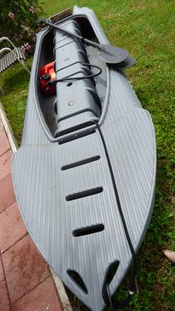 Photo Wavewalk kayak with 4 hp motor - $2,500 (PUNTA GORDA)