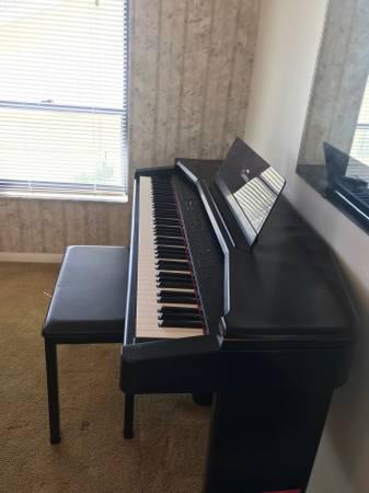 Photo Yamaha Clavinova CVP35 Digital Piano - $725 (Marco Island)