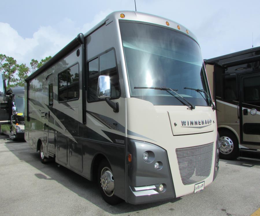 Photo Used 2020 Winnebago Class A RV  $129998