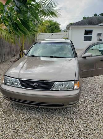 Photo for sale 1998 Toyota Avalon - $2000