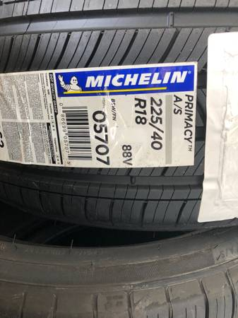 Photo rand New set of 4 Michelin Primacy 225 40 18 Tires - $500 (cape Coral)