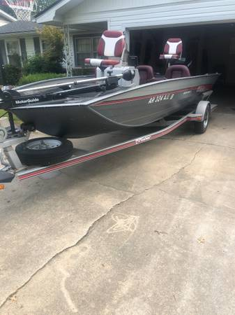 Photo 1993 fisher bass boat 60hp Mercury - $4,200 (Fort smith)
