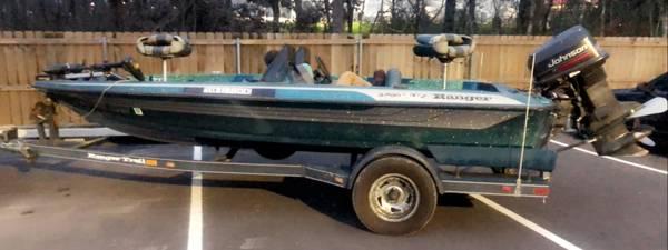 Photo 1996 Ranger R72 bass boat - $5,500 (Poteau)