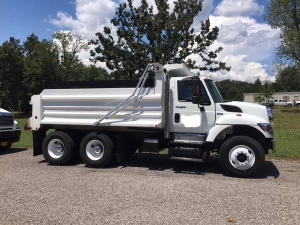 Photo 2010 International 7500 Dump Truck - $49,500 (greenwood)