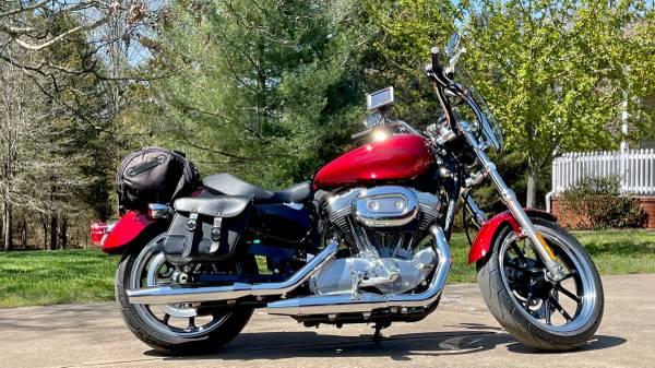 Photo 2012 Harley Davidson Sportster 883 Low - $6,000 (Clarksville)