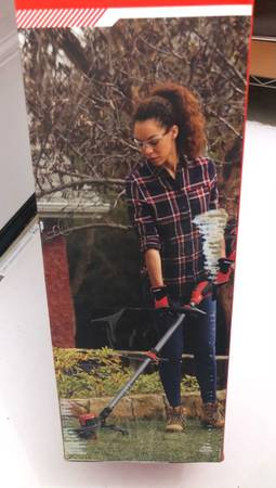 Photo 20-Volt Max CRAFTSMAN 13-in Straight Cordless String Trimmer (Battery Included) - $125 (Fort Smith Arkansas)