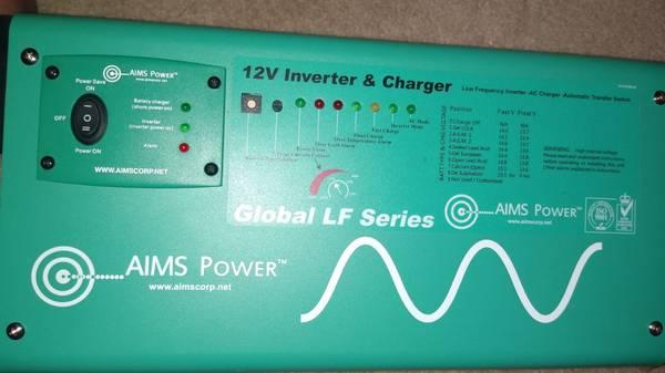 Photo AIMS Power PICOGLF12W12V120AL Green 1250W Power Inverter Charger with - $500 (Van Buren)