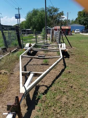 Photo Boat trailer for sale - $150 (VIAN)