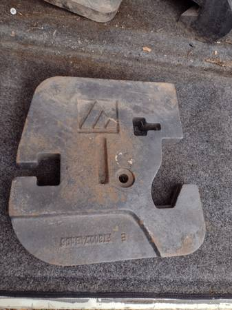 Photo FOR SALE TRACTOR WEIGHS WEIGHTS AND MORE WEIGHTS STIGLER OKLAHOMA - $50 (STIGLER OKLAHOMA)