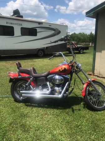 Photo Harley Dyna Wideglide - $7,500 (Conway)