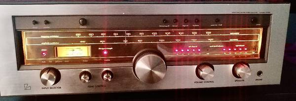 Photo High End Luxman R1040 Stereo Receiver in Mint Condition - $225 (Nixa, Missouri)