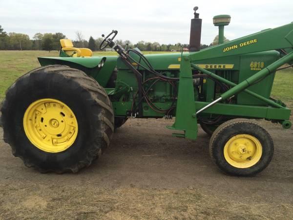 Photo John Deere 4010 Industrial Tractor - $12,500 (Paris, AR)