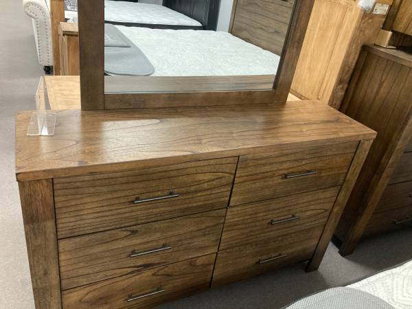 Photo Red Hot Sale 5pc King Bedroom Group Low As $39 Down Hurry In While Supplie - $1,588 (Fort Smith)