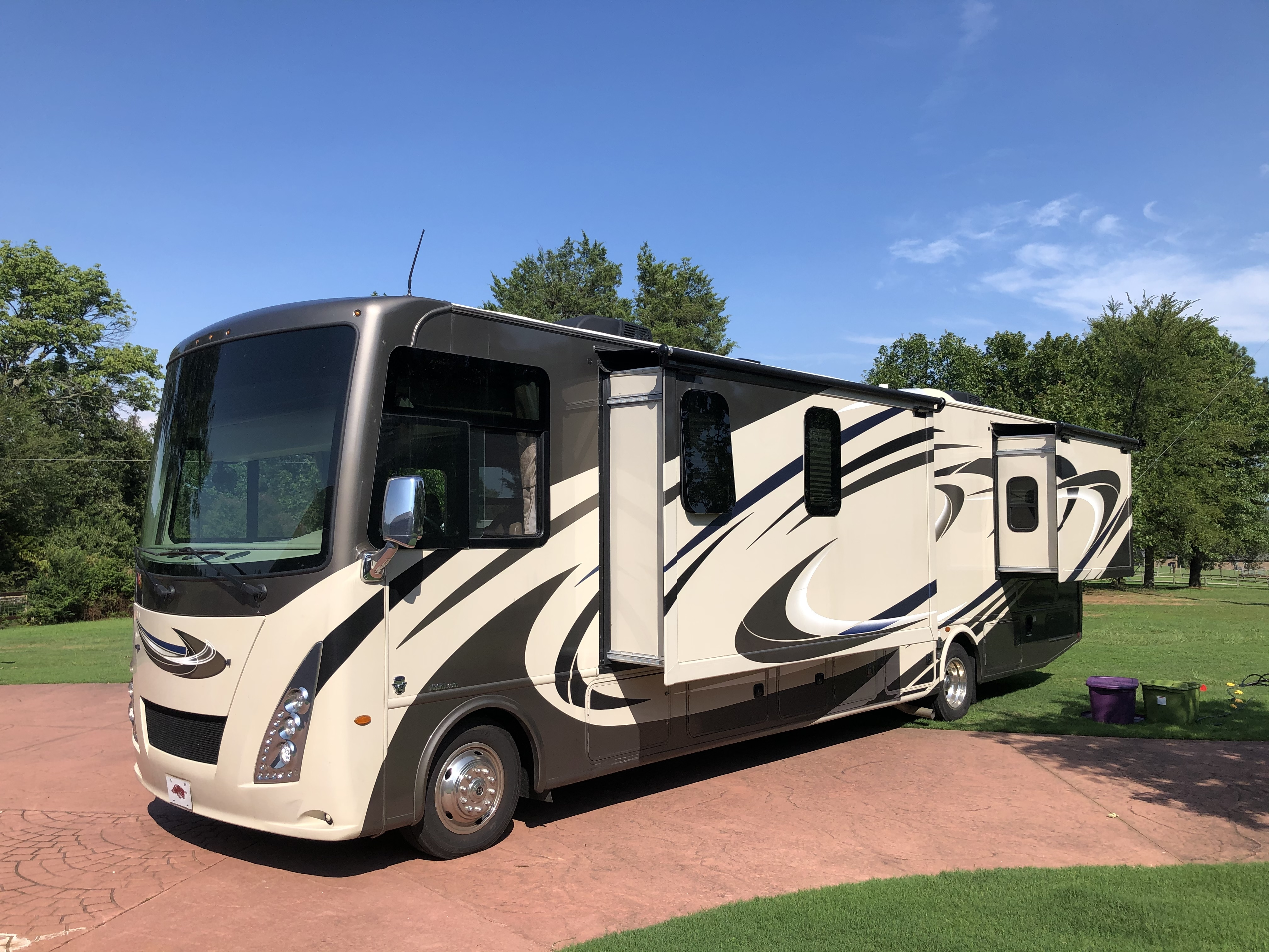 Photo 2018 Thor Motor Coach WINDSPORT 34P $ 75000     Get Financing as low as 712.50mo      Get Financing as low as 712.50mo