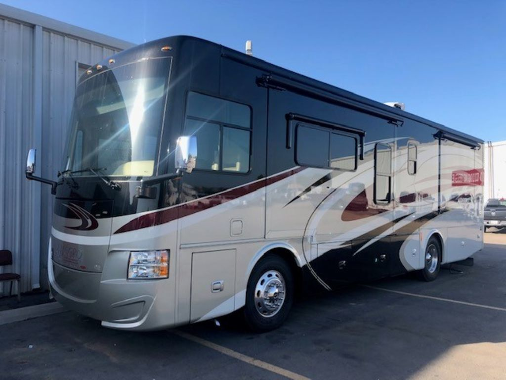 Photo Used 2016 Tiffin Motorhomes Class A RV  $185500