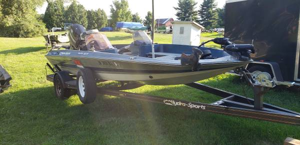 Photo 1986 nitro 16ft boat - $4 (Fort wayne)