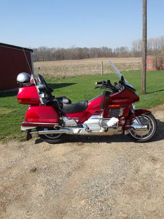 Photo 1992 Honda Goldwing Interstate - $3,500 (Akron)