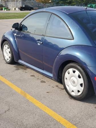 Photo 1999 Volkswagen New beetle - $2,400 (Fort Wayne)