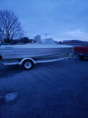 Photo 2000 bayliner speedboat - $4000