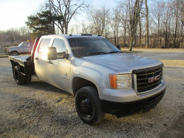 Photo 2009 GMC SIERRA 3500 HD DURAMAX CREW CAB 4X4 WITH FLATBED - $5800 (Ridgeville)