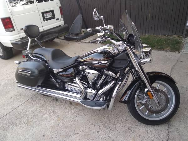 Photo 2012 Yamaha Stratoliner 1900cc - $6,200 (Findlay)