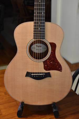 Photo 2015 Taylor GS Mini - $450 (Huntington)