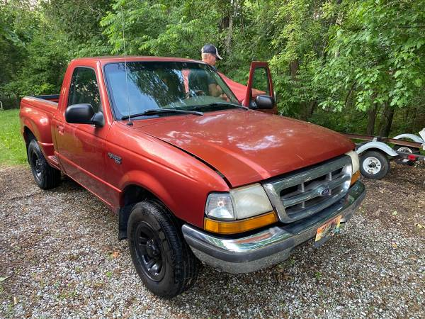 Photo 98 Ford Ranger PARTS Truck with 2.5 ltr and 2.3 ltr available - $650 (Ft Wayne)