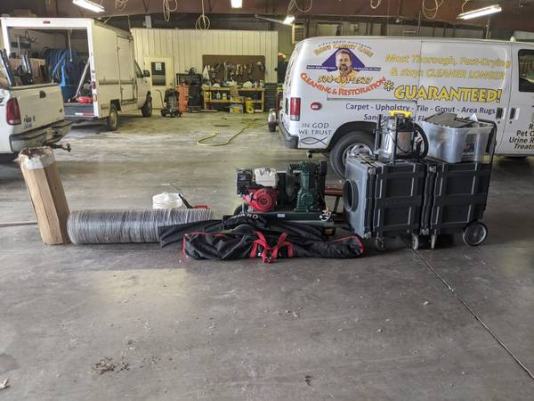 Photo Air duct cleaning equipment - $5000