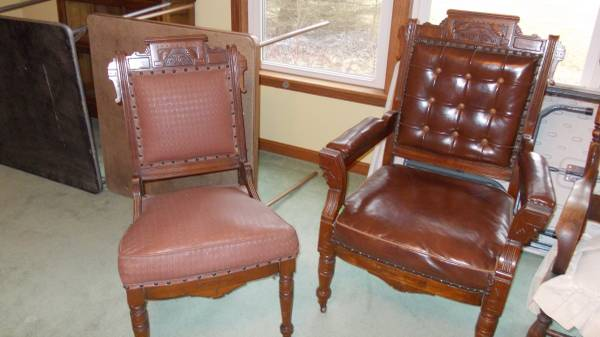 Photo Chairs Victorian Style - $75 (SPENCERVILLE)