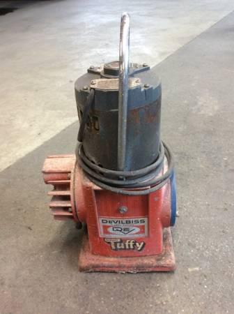 Photo Devilbiss Tuffy Vintage Air Compressor NCH-501 - $75 (Decatur, IN)