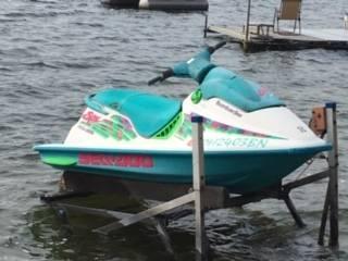 Photo Jet Ski and trailer - $1,200 (Angola)