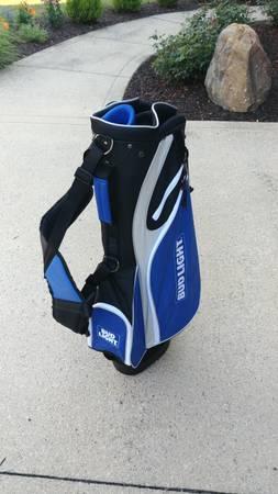 Photo NWT - Bud Light Golf Bag - $85 (SW-FTW)
