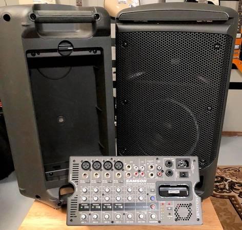 Photo Samson XP308i Portable PA System - $300 (Warsaw, IN)