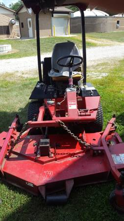 Photo Toro groundsmaster 325d 4wd - $2,800 (North Manchester)
