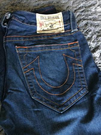 Photo True Religion - Denim Jeans - Slim Fit Size 30 M - $50 (fort wayne)