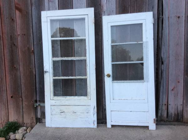 Photo Vintage White Wood Doors with Glass (Decatur, IN)