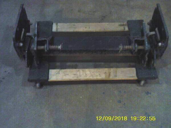 Photo WESTERN SNOW PLOW, ULTRAMOUNT TO UNIMOUNT ADAPTOR - $150 (EDON, OH)