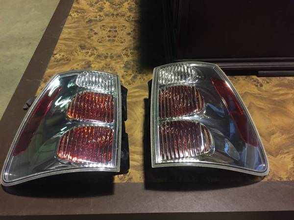 Photo 2005 CHEVY EQUINOX -TAIL LIGHTS - $50 (WESTMINSTER, MD.)